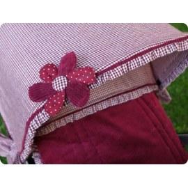 Broche-Flor Modelo Caperucita