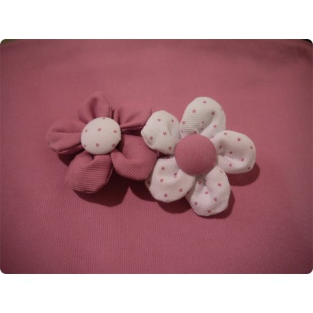Broche Flor Pequeña Modelo Campanilla